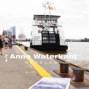 Elbfaehre Hamburg Anne Waterkant